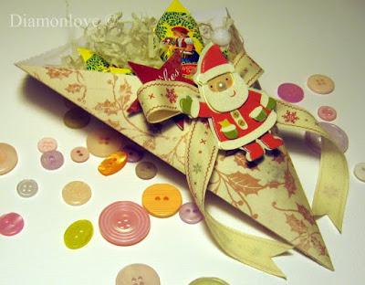 Как сделать новогоднюю коробку для подарка своими