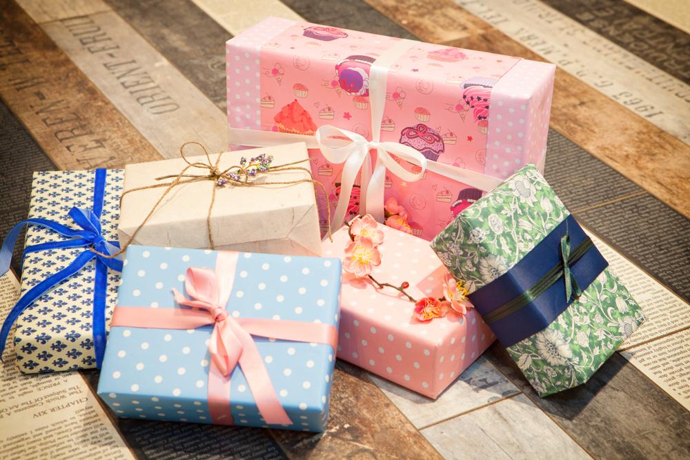 Как упаковать подарок своими руками фото на