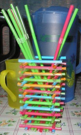 Что можно сделать из трубочек от сока своими руками