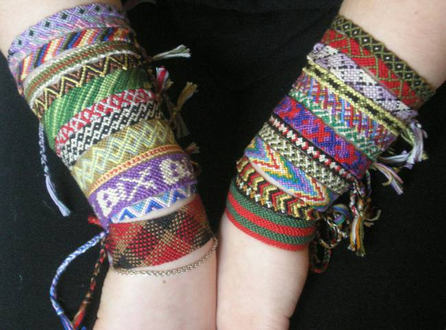Плетение фенечек для