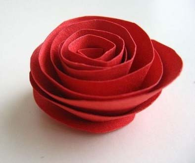 Цветы из бумаги можно создать