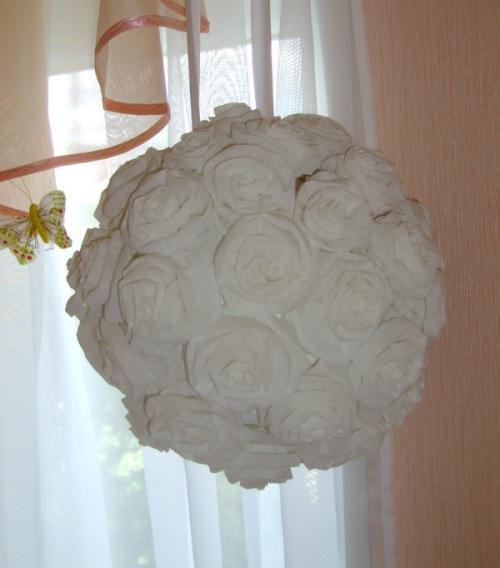 Объемный шар из гофрированной бумаги своими руками