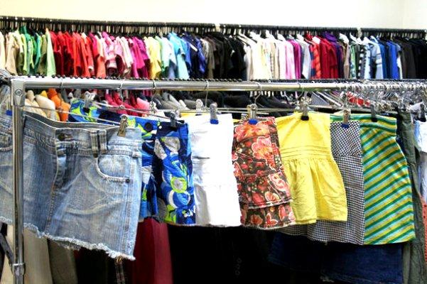 Какой должна быть одежда для женщин после 50 лет как