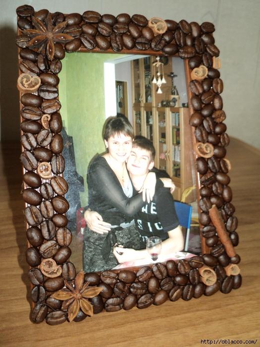 Украсить рамку фотографий своими руками