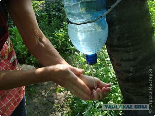 Рукомойник для дачи из пластиковых бутылок своими руками