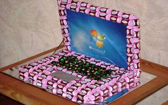 Подарок из конфет своими руками на день рождения