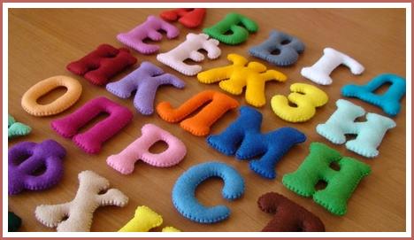 Как сделать для малышей из картона алфавит
