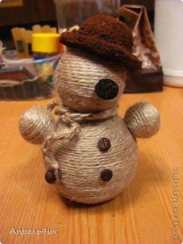 Снеговик из шпагата своими руками